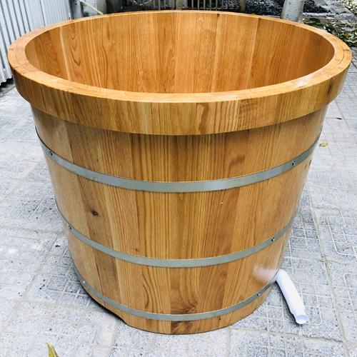 Có nên sử dụng thùng tắm từ gỗ Pơ mu không?