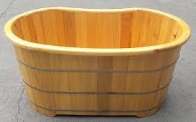 Bồn tắm gỗ giá rẻ HCM có tốt không?